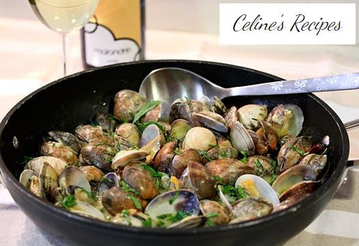 Clams in green sauce