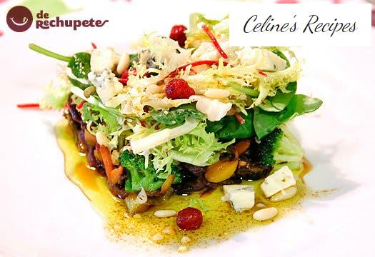 Warm wok salad with Fourme d'Ambert blue cheese and dried fruit.