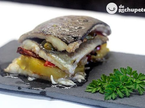 Trout strudel with potatoes and vegetables