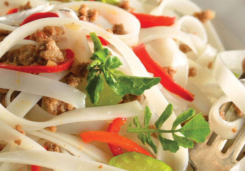 Rice noodle with gluten-free ground beef